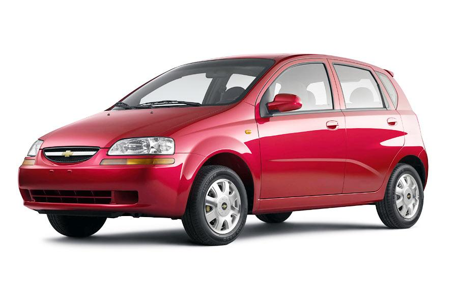 2004 Chevrolet Aveo Photo 5 of 8