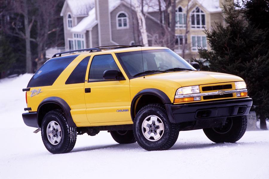 2004 Chevrolet Blazer Photo 2 of 6