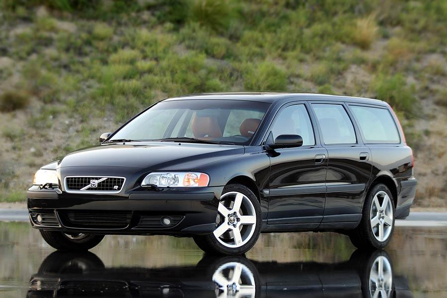 2004 Volvo V70 Photo 1 of 8