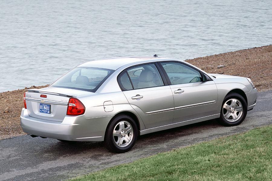 2004 Chevrolet Malibu Photo 4 of 9