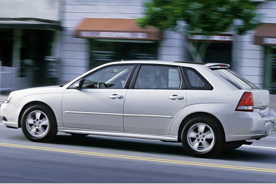 2004 Chevrolet Malibu Maxx Photo 1 of 7