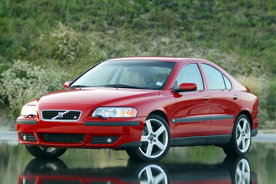 2004 Volvo S60 Overview Cars Com