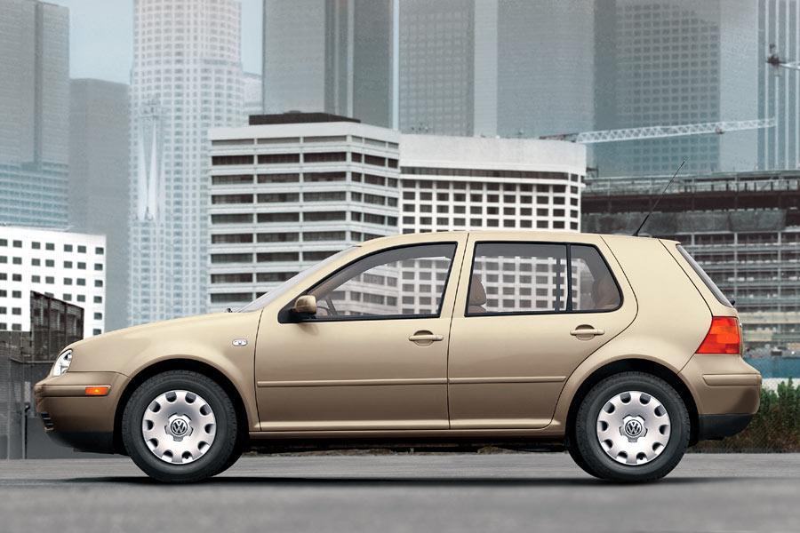 2004 Volkswagen Golf Photo 4 of 12