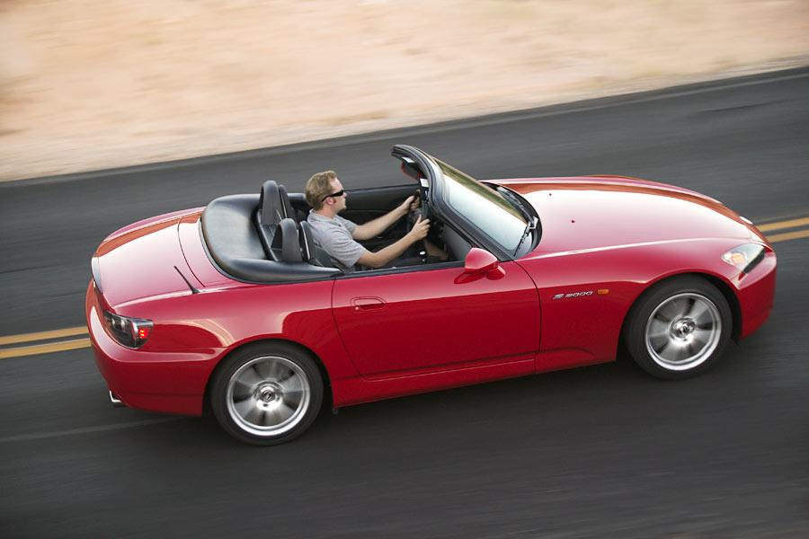2004 Honda S2000 Photo 2 of 10
