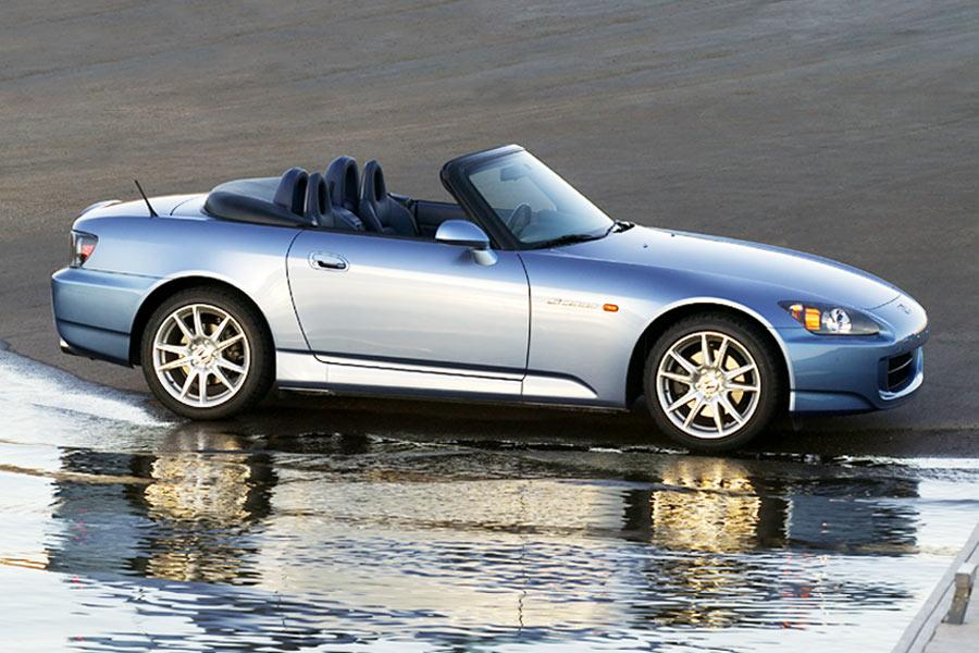 2004 Honda S2000 Photo 5 of 10