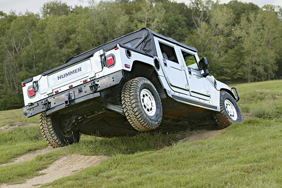 2004 Hummer H1 Photo 2 of 10