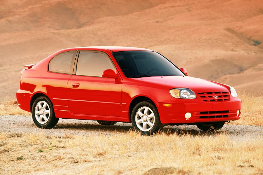 2004 hyundai accent reviews specs and prices. Black Bedroom Furniture Sets. Home Design Ideas