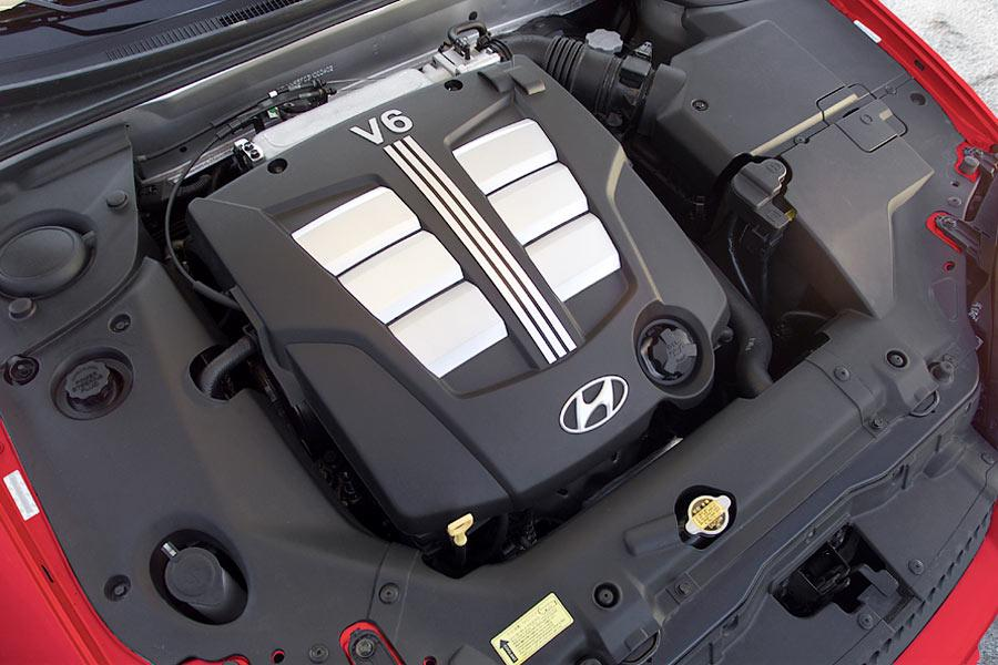2004 Hyundai Tiburon Photo 5 of 7