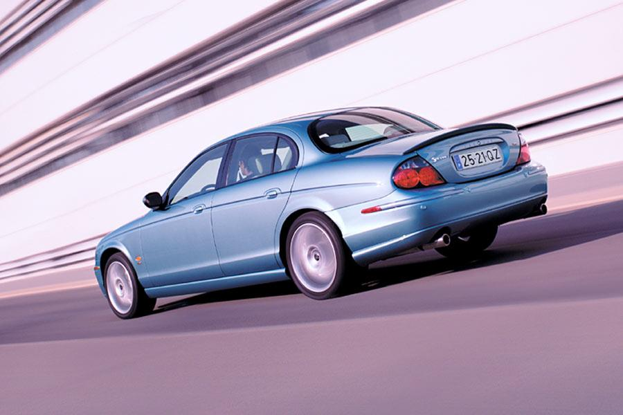 2004 Jaguar S-Type Photo 2 of 8