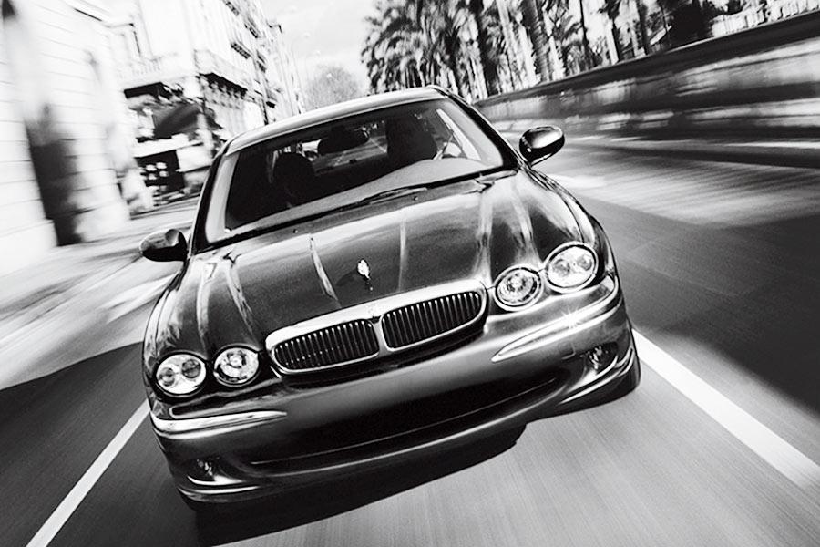 2004 Jaguar X-Type Photo 6 of 9