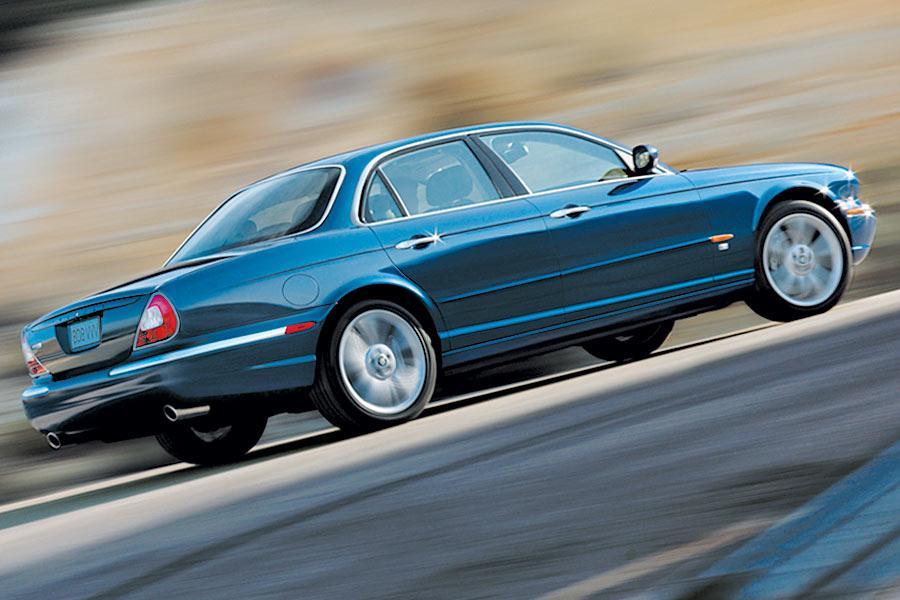2004 Jaguar XJR Photo 5 of 9