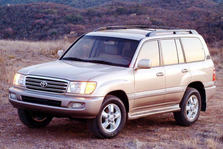 2004 Toyota Land Cruiser Photo 2 of 9