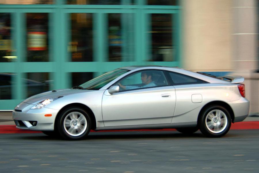 2004 Toyota Celica Photo 5 of 7