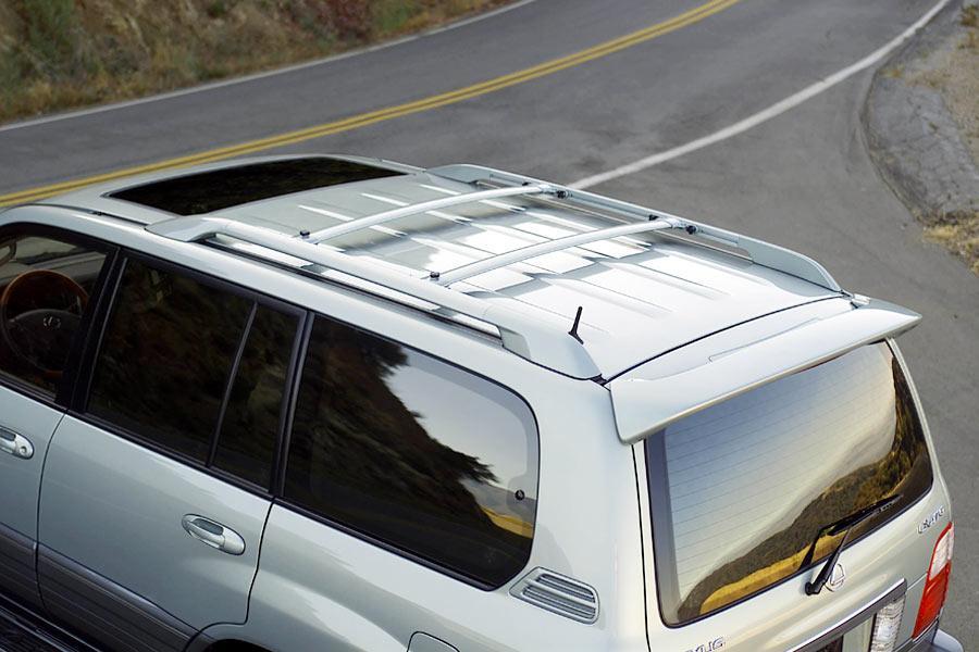 2004 Lexus LX 470 Photo 2 Of 8
