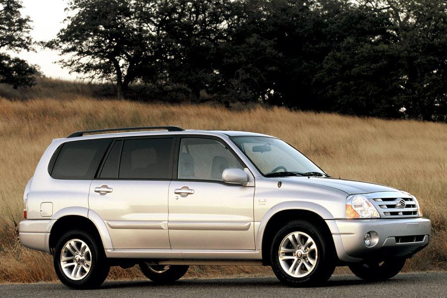 2004 Suzuki XL7 Photo 4 of 10