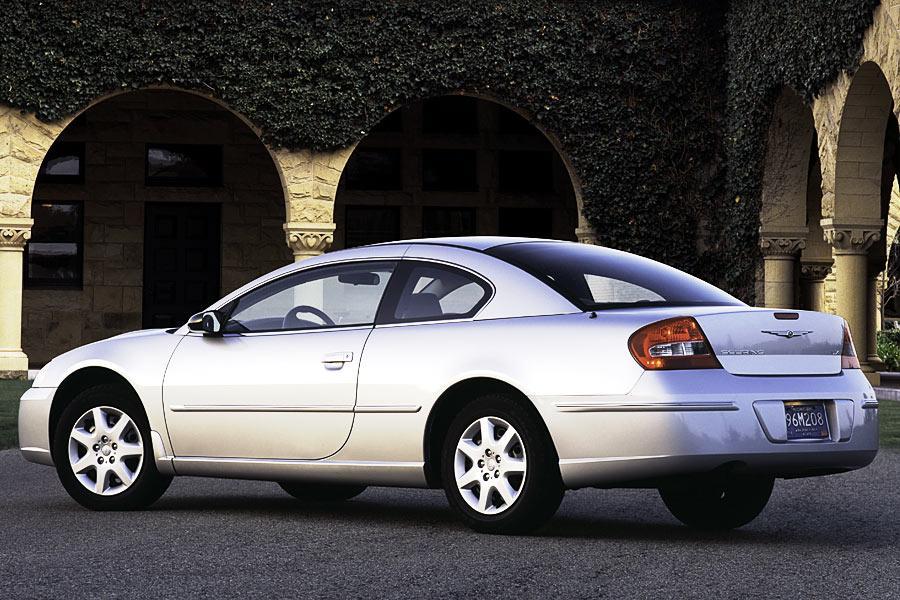 2004 Chrysler Sebring Photo 4 of 5