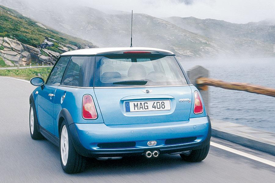 2004 Mini Cooper S Reviews Specs And Prices Cars Com
