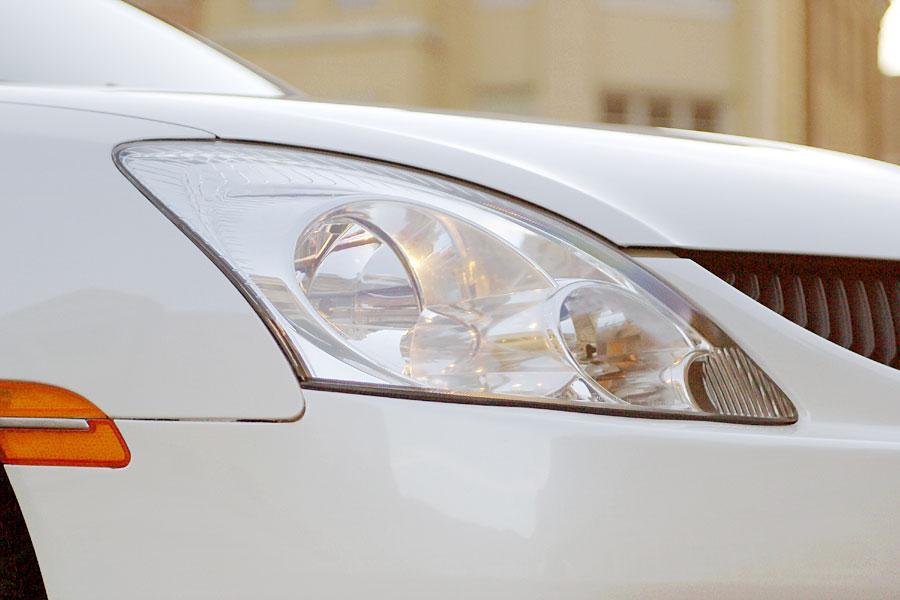 2004 Mitsubishi Diamante Photo 5 of 10