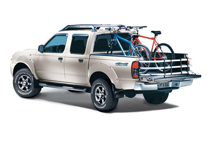 2004 Nissan Frontier Photo 1 of 5