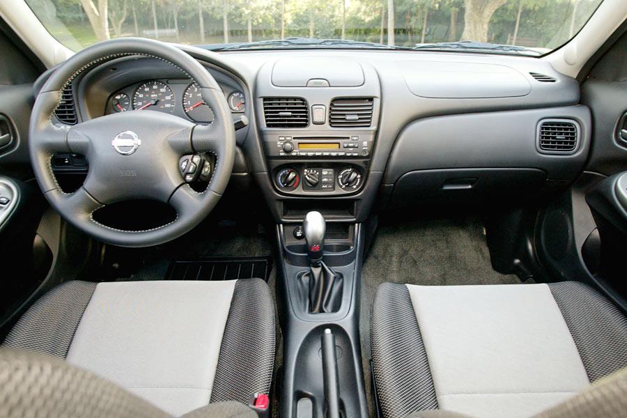 2004 Nissan Sentra Specs Pictures Trims Colors Cars Com