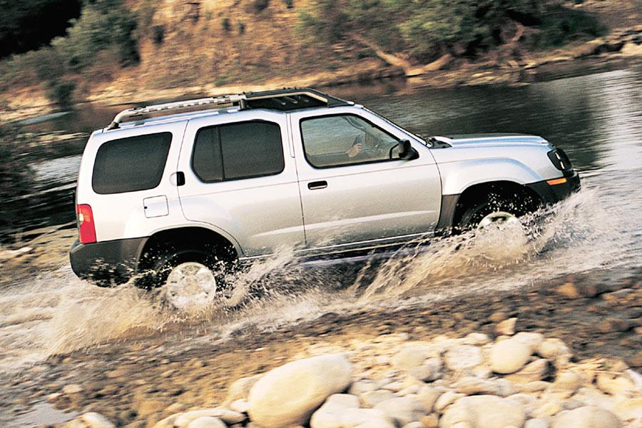 2004 Nissan Xterra Photo 5 of 6