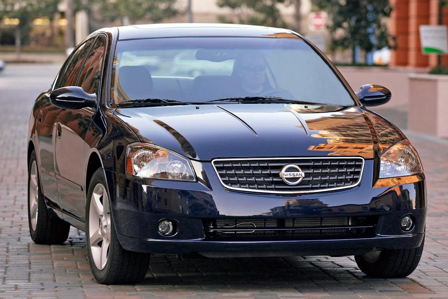 2005 Nissan Altima Overview Cars Com