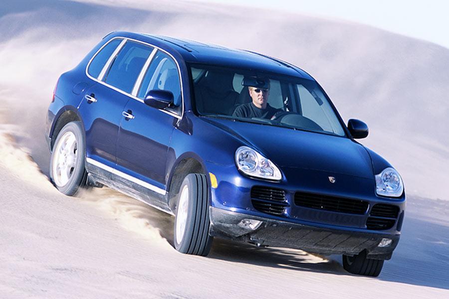 2004 Porsche Cayenne Photo 5 of 8