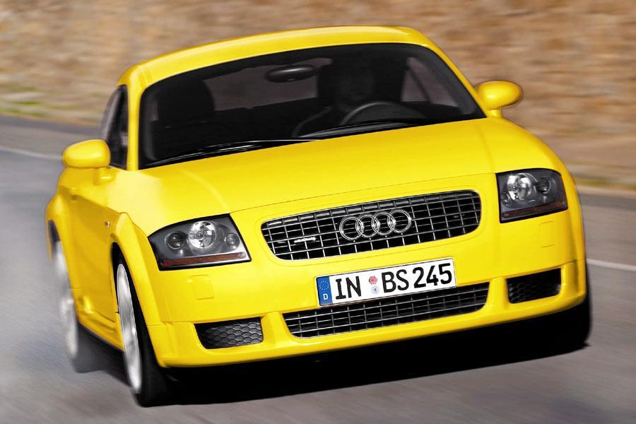 2004 Audi TT Photo 4 of 8
