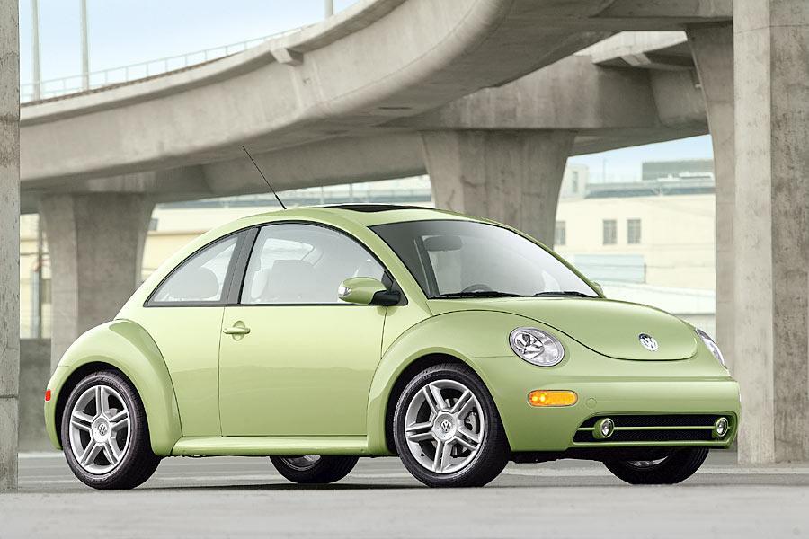 2004 Volkswagen New Beetle Photo 5 of 11