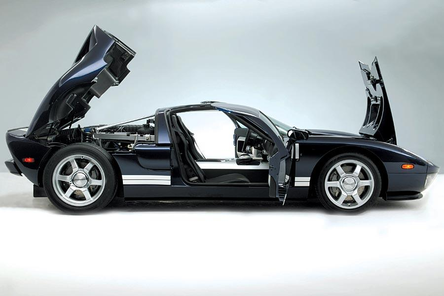 2005 Ford GT Photo 2 of 11