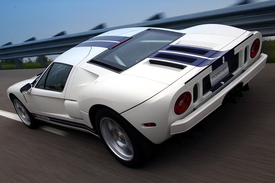 2005 Ford GT Photo 3 of 11