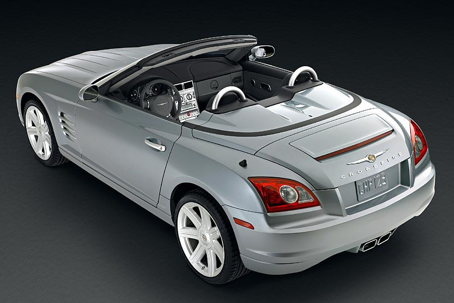 2005 Chrysler Crossfire Photo 2 of 9