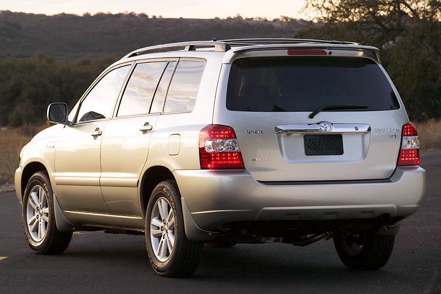 2006 Toyota Highlander Photo 3 of 13