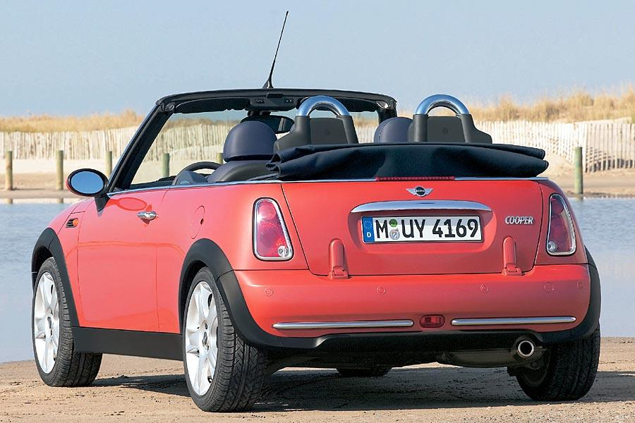 2005 mini cooper reviews specs and prices. Black Bedroom Furniture Sets. Home Design Ideas