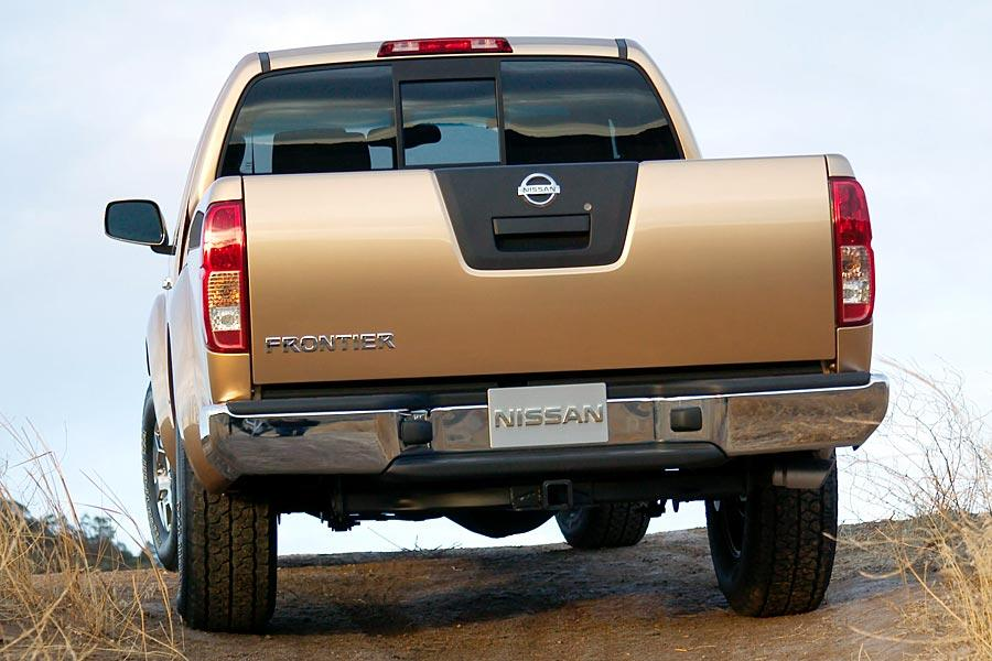 2005 Nissan Frontier Photo 4 of 15