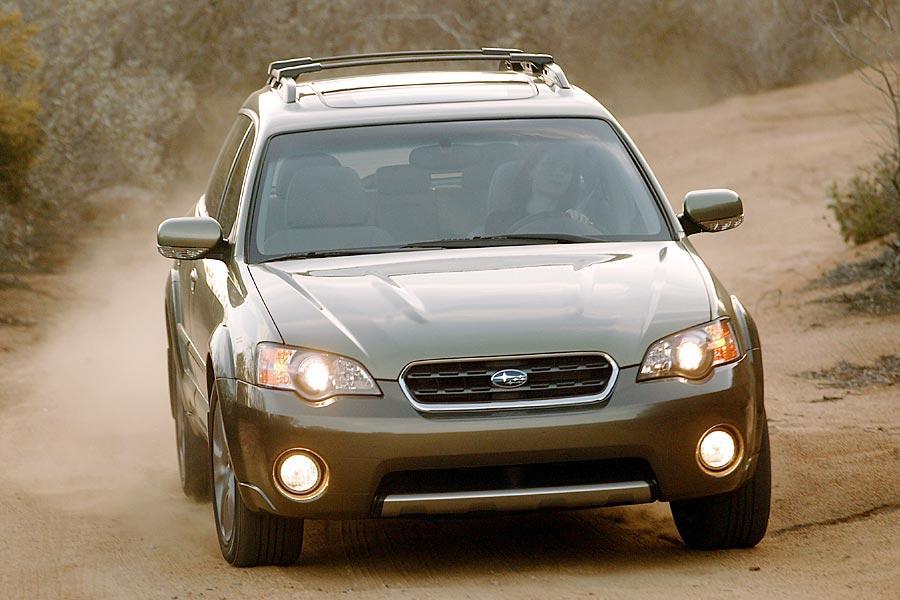 2005 Subaru Outback Photo 3 of 10