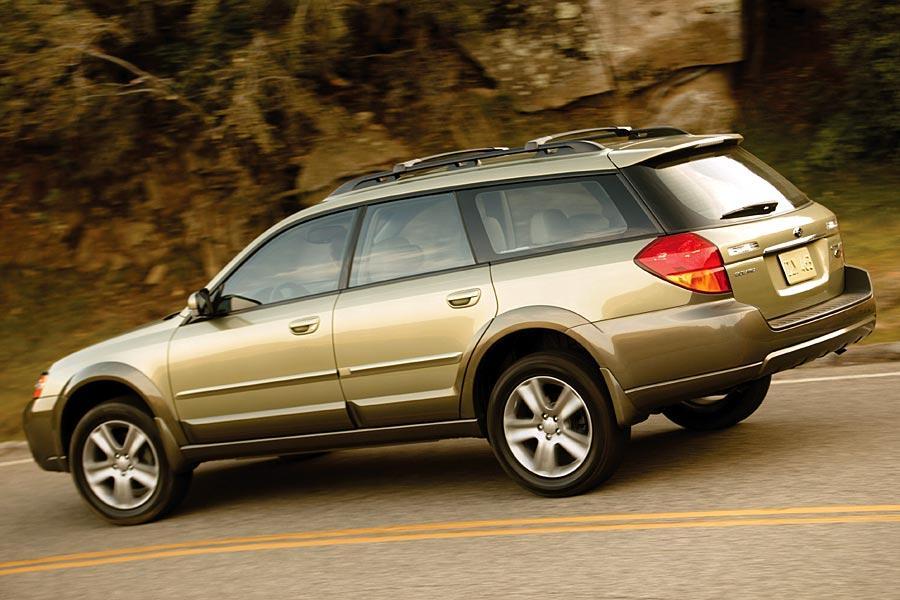 2005 Subaru Outback Photo 6 of 10