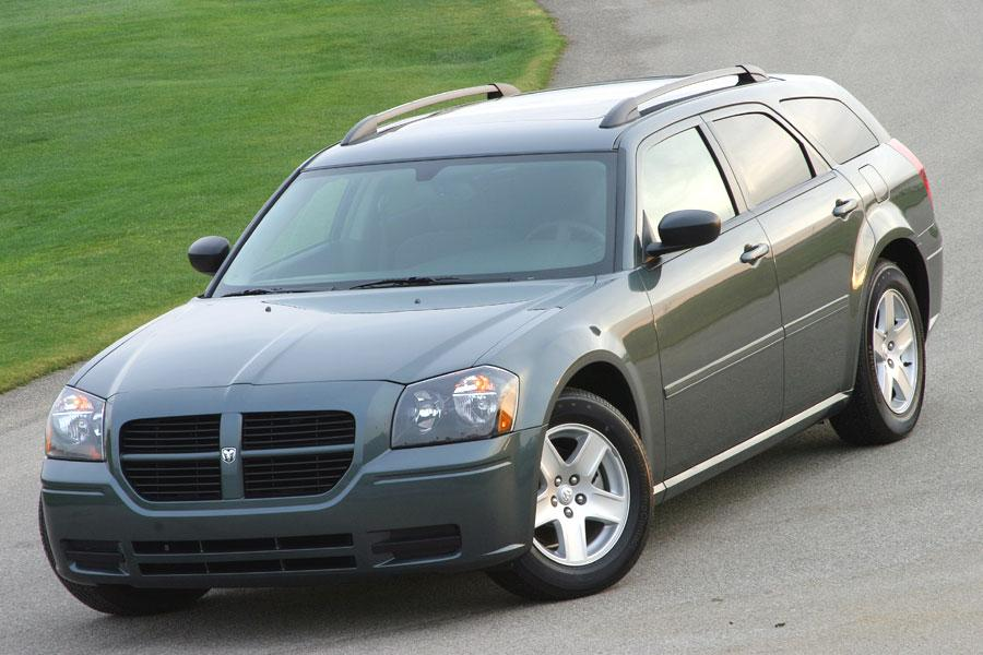 2005 Dodge Magnum Photo 4 of 5