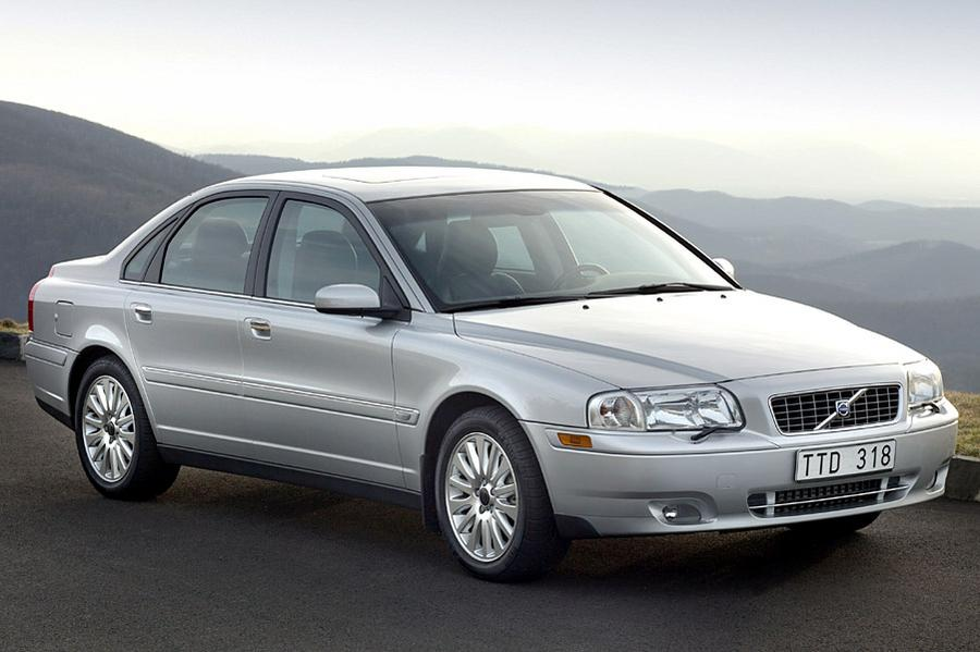 2004 Volvo S80 Overview | Cars.com
