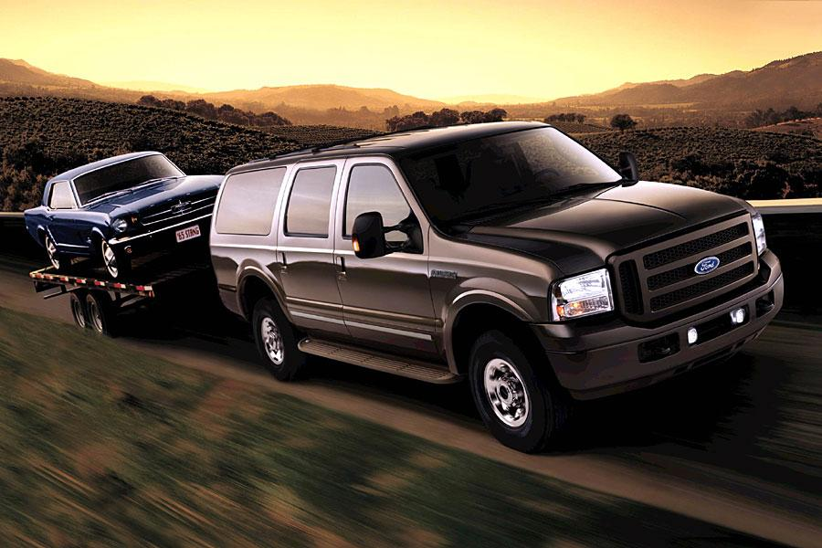 2005 Ford Excursion Photo 2 of 4