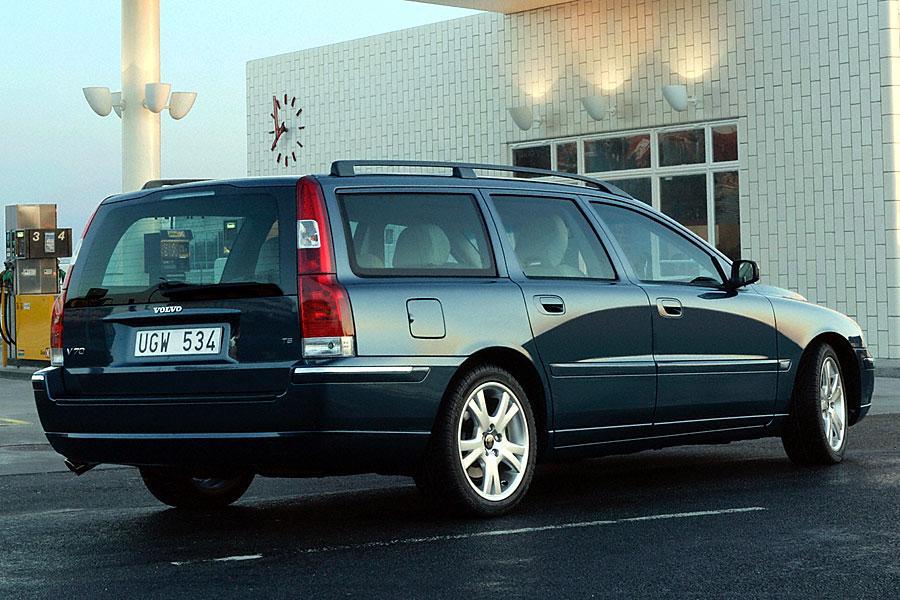 2005 Volvo V70 Photo 3 of 3