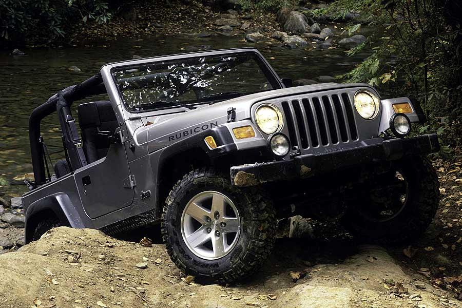 2005 Jeep Wrangler Photo 2 of 3