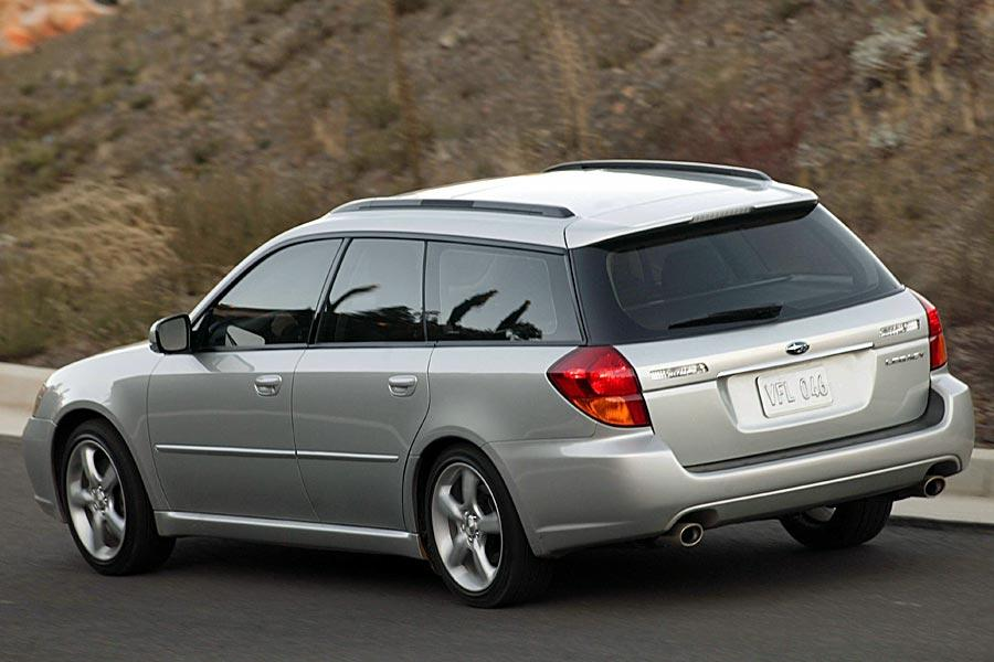 2005 Subaru Legacy Photo 4 of 7