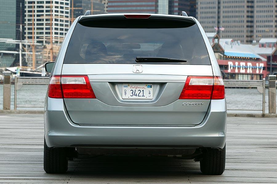 2005 Honda Odyssey Photo 5 of 10