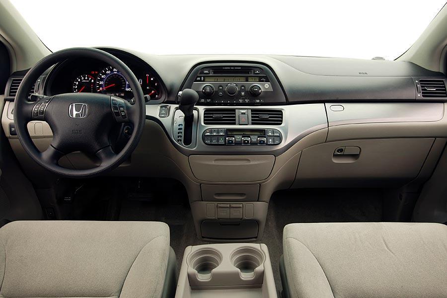 Car Seat Recall >> 2005 Honda Odyssey Reviews, Specs and Prices | Cars.com