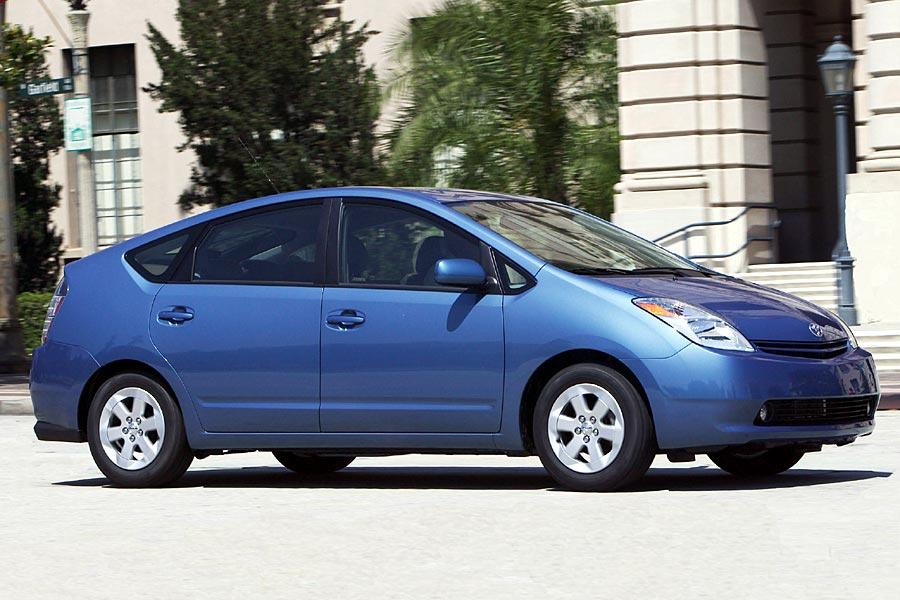 2005 Toyota Prius Photo 2 of 13