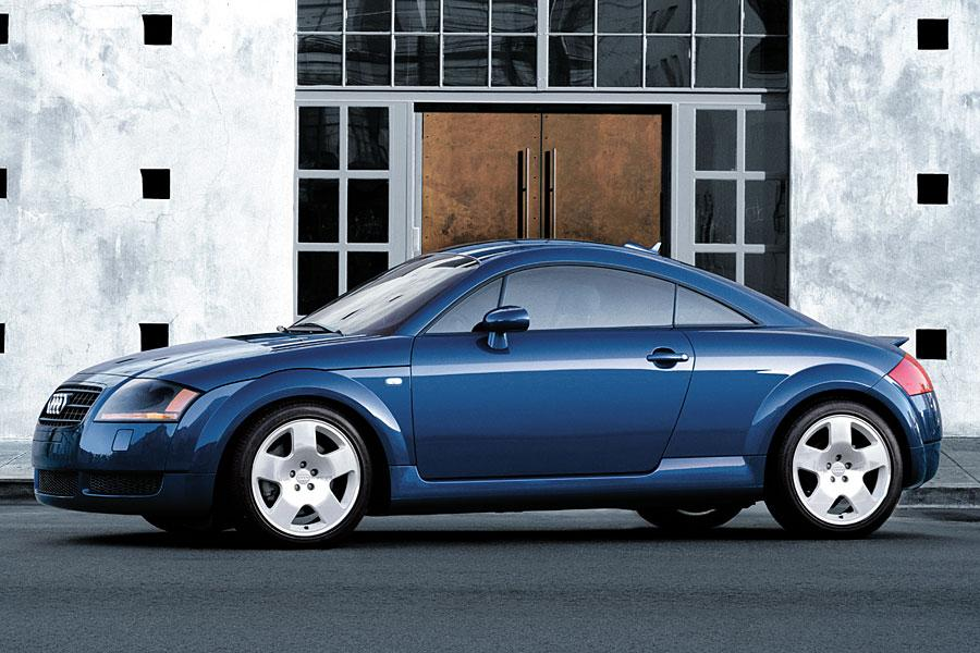 2005 Audi TT Photo 2 of 7