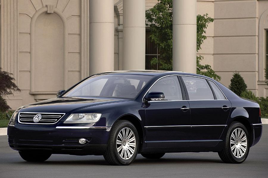 2005 Volkswagen Phaeton Photo 1 of 8