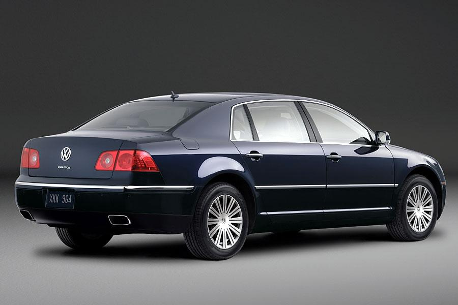 2005 Volkswagen Phaeton Photo 4 of 8