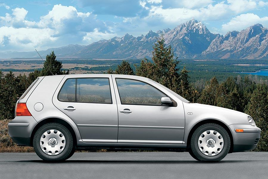 2005 Volkswagen Golf Photo 3 of 9
